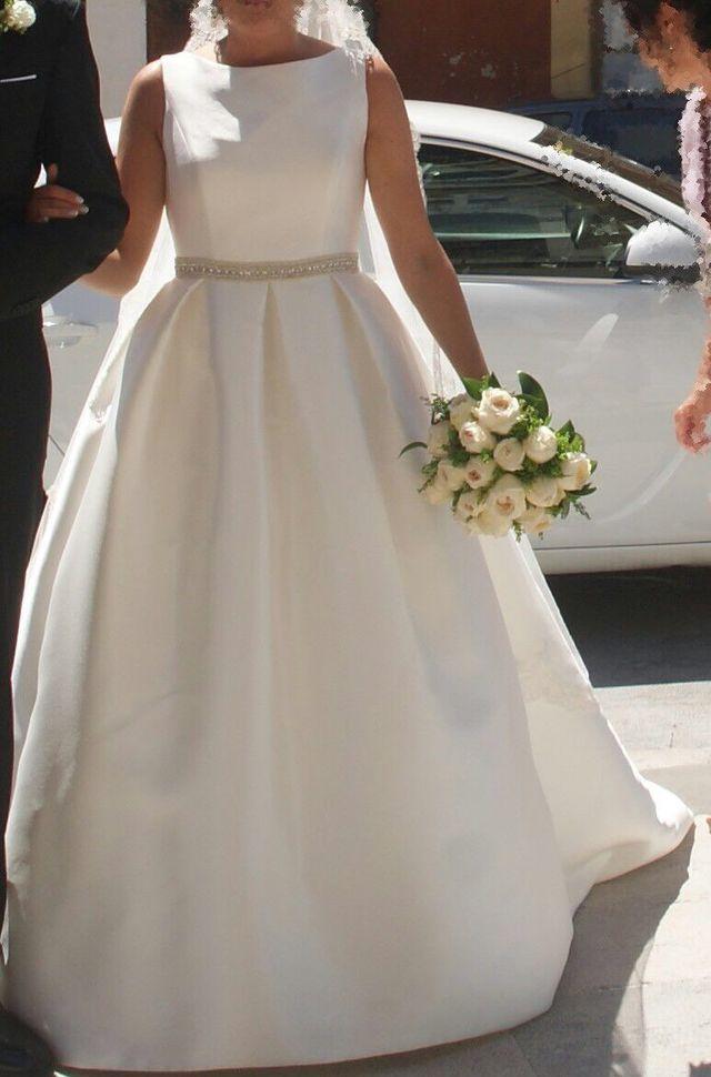 4a76fded34 Vestido y velo novia Rosa Clara de segunda mano por 1.000 € en ...