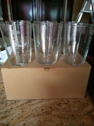 Media docenas de vasos