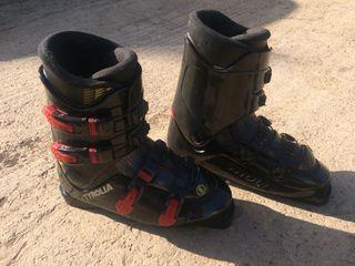 Botas de esquiar tyrolia 650 nuevas