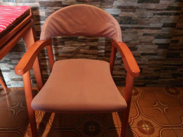 Mesa + 4 sillas comedor de segunda mano por 80 € en ...