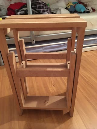 Banqueta plegable madera de segunda mano por 25 en sant for Banqueta escalera plegable