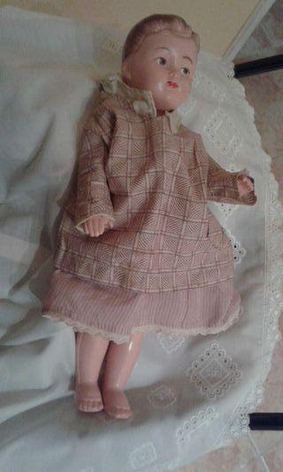 Muñeco antiguo.