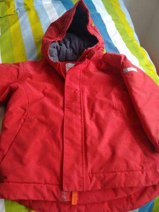 Abrigo niño 5 años rojo