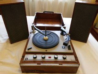 Tocadiscos Vintage PE, Musical 660 Stereo de Luxe