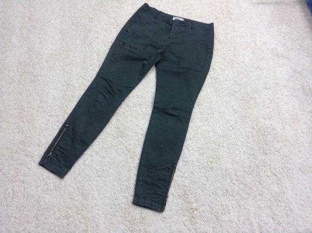 Pantalon Verde.
