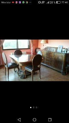 Mesa de comedor con 6 sillas tapizadas