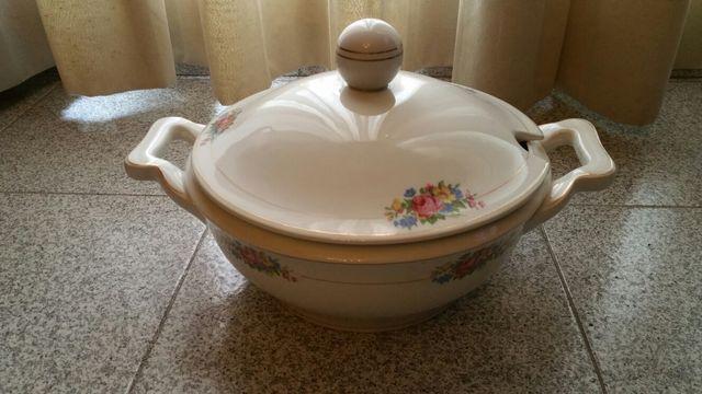 Sopera de porcelana vintage