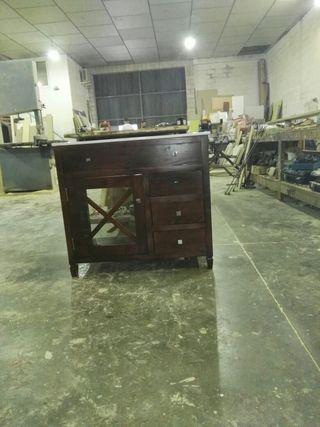 Mueble lavabo de madera