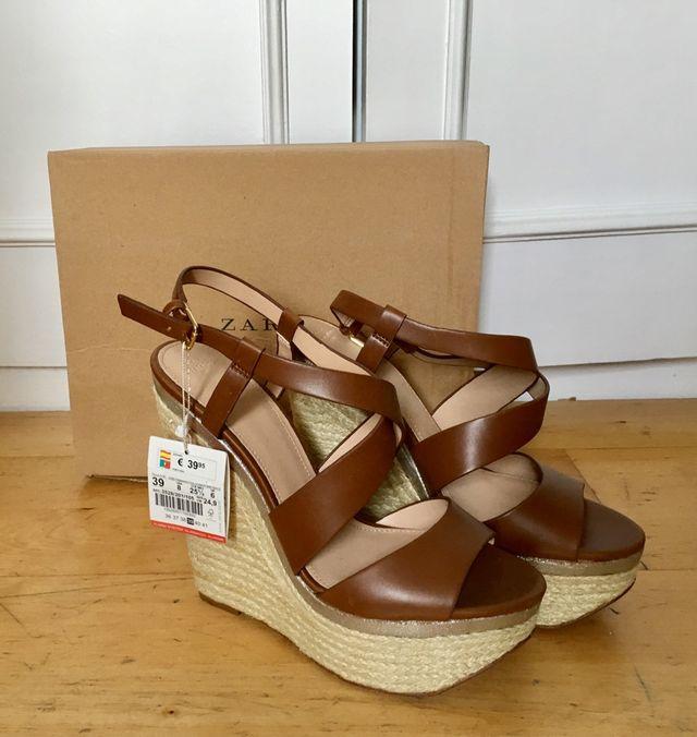 Zapatos De Cuña Zara