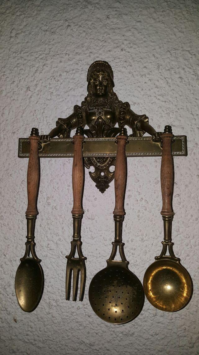 Juego utensilios cocina bronce antiguo de segunda mano por 40 € en ...