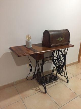 Máquina de coser antigua Singer 1915 (Mallorca)