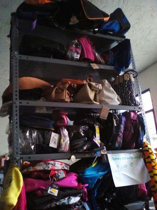 Bolsos ,mochilas ,portaordenadores.