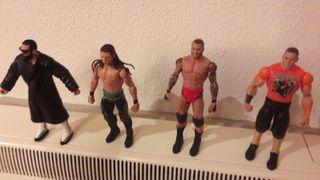 WWE Figuras exclusivas ELITE Figuras Cena y otros