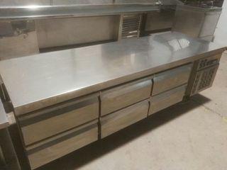 Mesa baja snack Infrico refrigeración