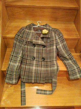 Abrigo de Zara talla S-M