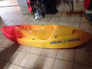Kayak de 1 pasajero intacto