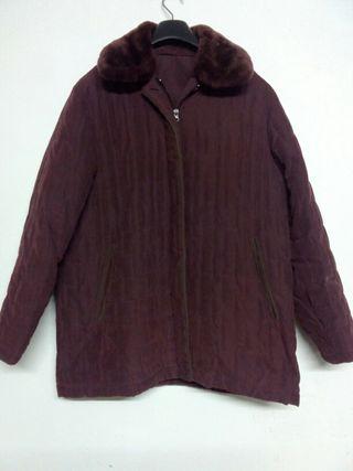 Abrigo granate de mujer talla 44