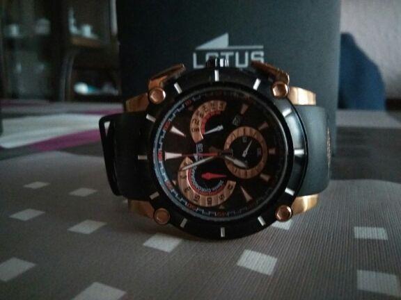 67d3aa92325e Reloj Lotus Vulcano Chrono de segunda mano en Barcelona en WALLAPOP