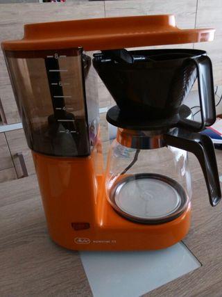 Cafetera antigua de filtros