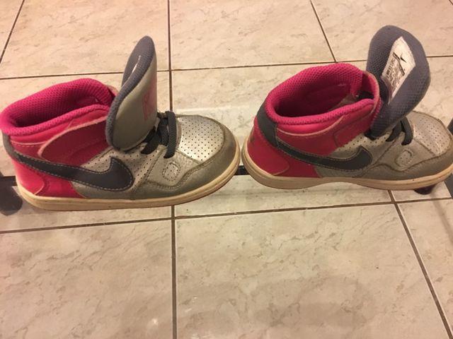 último vendedor caliente original de costura caliente exuberante en diseño Bambas Nike force niña de segunda mano por 10 € en La Roca del ...