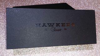 Caja original Hawkers.