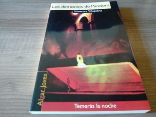 Libro lectura los demonios de pandora