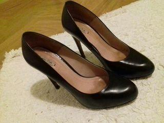 Zapatos massimo dutti tacon