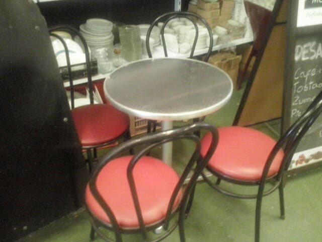 Mesas Y Sillas Para Cafeteria Ventamyhcom De Segunda Mano Por 50
