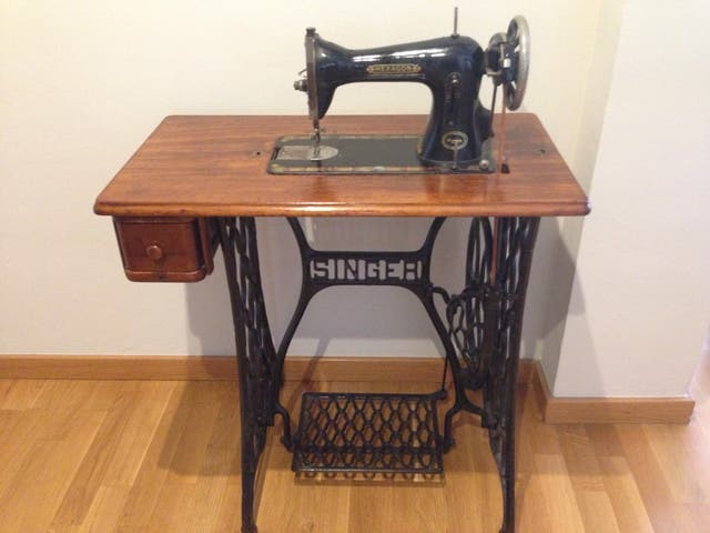 Maquina de coser Singer de segunda mano por 600 € en