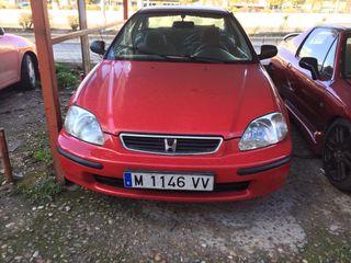 Honda civic año 1998 recién pintado ya