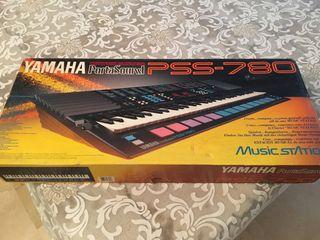 Organo electronico Yamaha