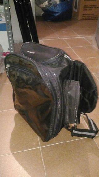 Mochila maleta cubredeposito con imanes de segunda mano for Muebles segunda mano logrono