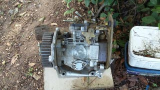 Bomba injectora C15 DIESEL .BOSCH.AÑO1988>>>>>