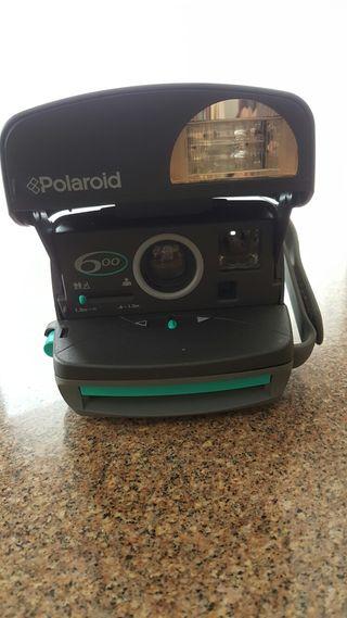 Cámara Polaroid 600 nueva a estrenar