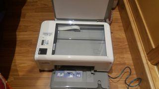 Impresora a color multifunción