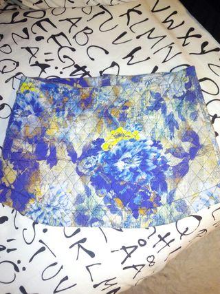 Mino falda preciosa