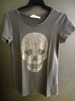 Camiseta gris calavera
