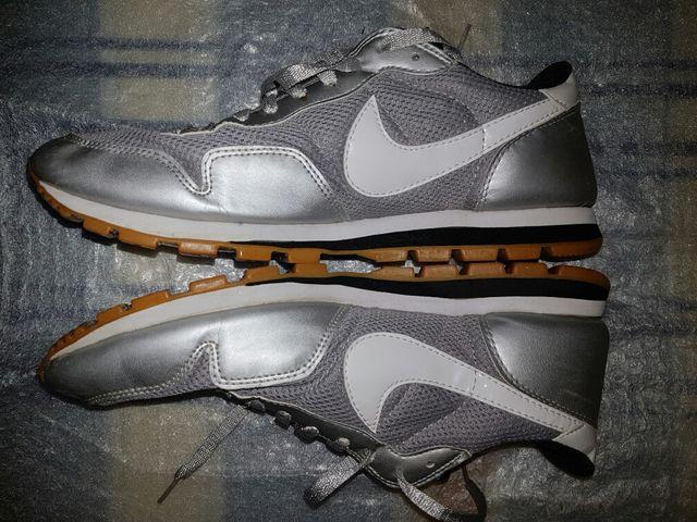 promo code 1a7c5 b984d ... Zapatillas Nike Metro Plus