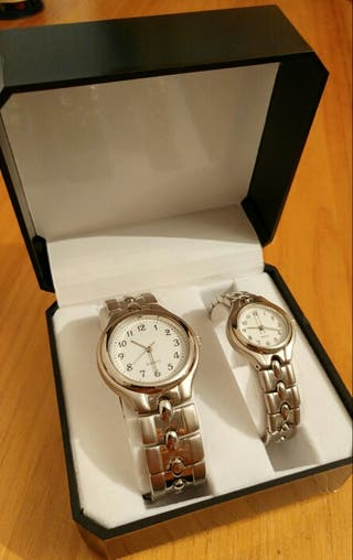Dos relojes a juego