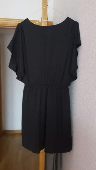 Vestido negro marca Kling