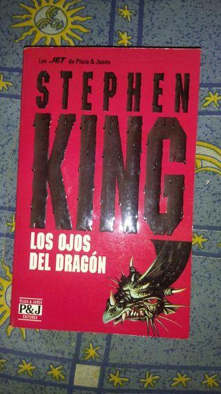 Libro de Stephen King. Los ojos del dragón.