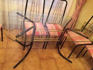 Mesa cristal + 6 sillas tapizadas