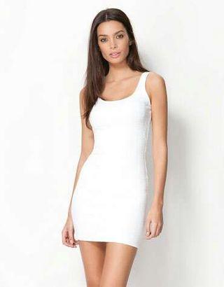 Bershka - Vestido blanco ceñido