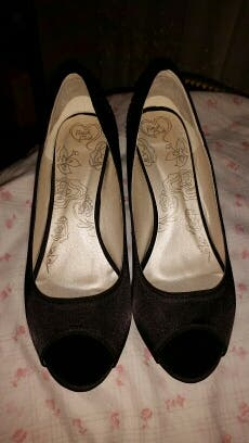 Zapato Pep Toe ancho especial