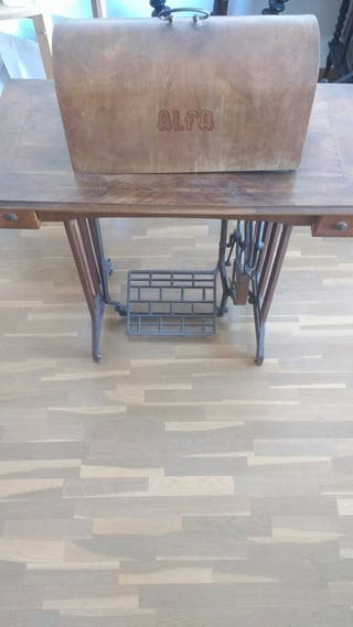 Maquina coser ALFA vintage retro