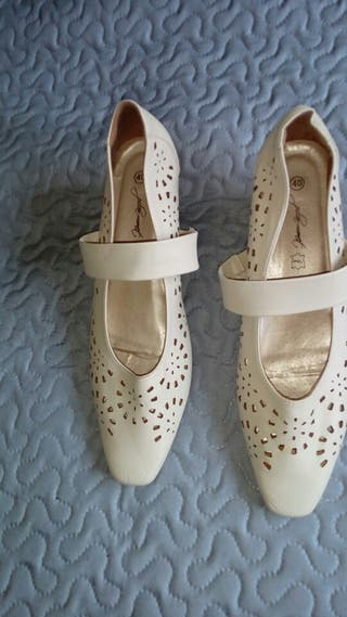 Zapatos n. 40