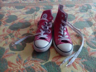 Victoria versión Converse