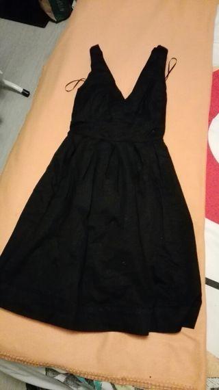 Vestido negro de breskha T.S