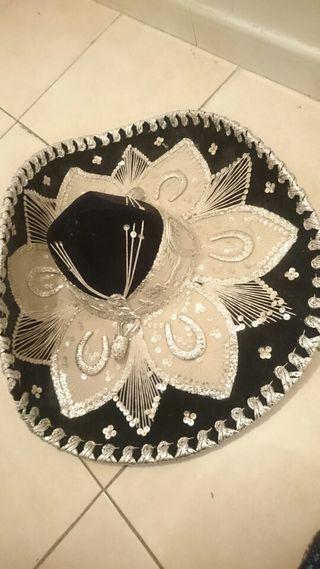 Sombrero de mariachi de segunda mano en WALLAPOP 72532183c46
