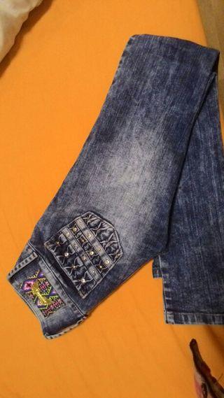 Pantalón colombiano marca lujo